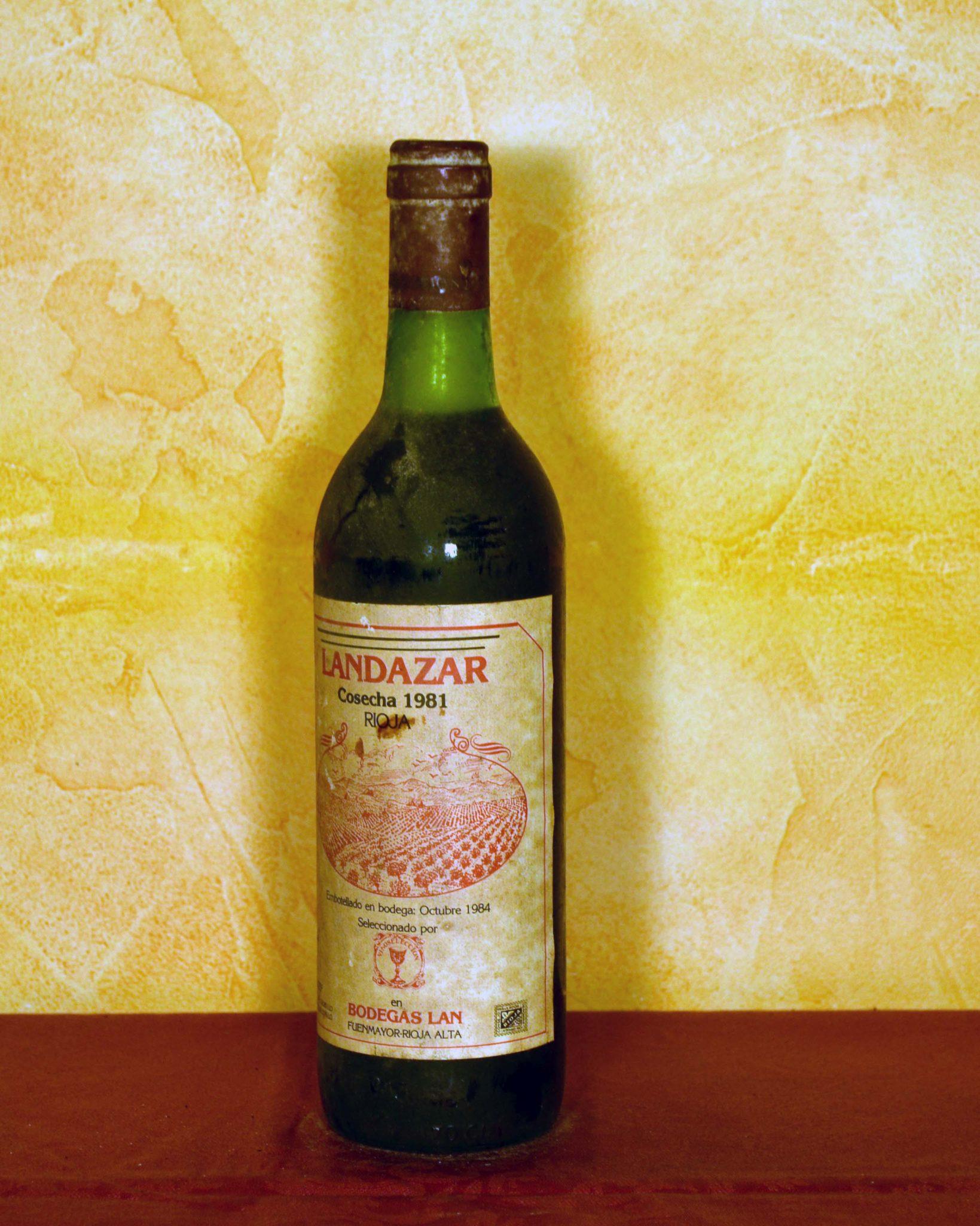 Landazar red vintage 1981