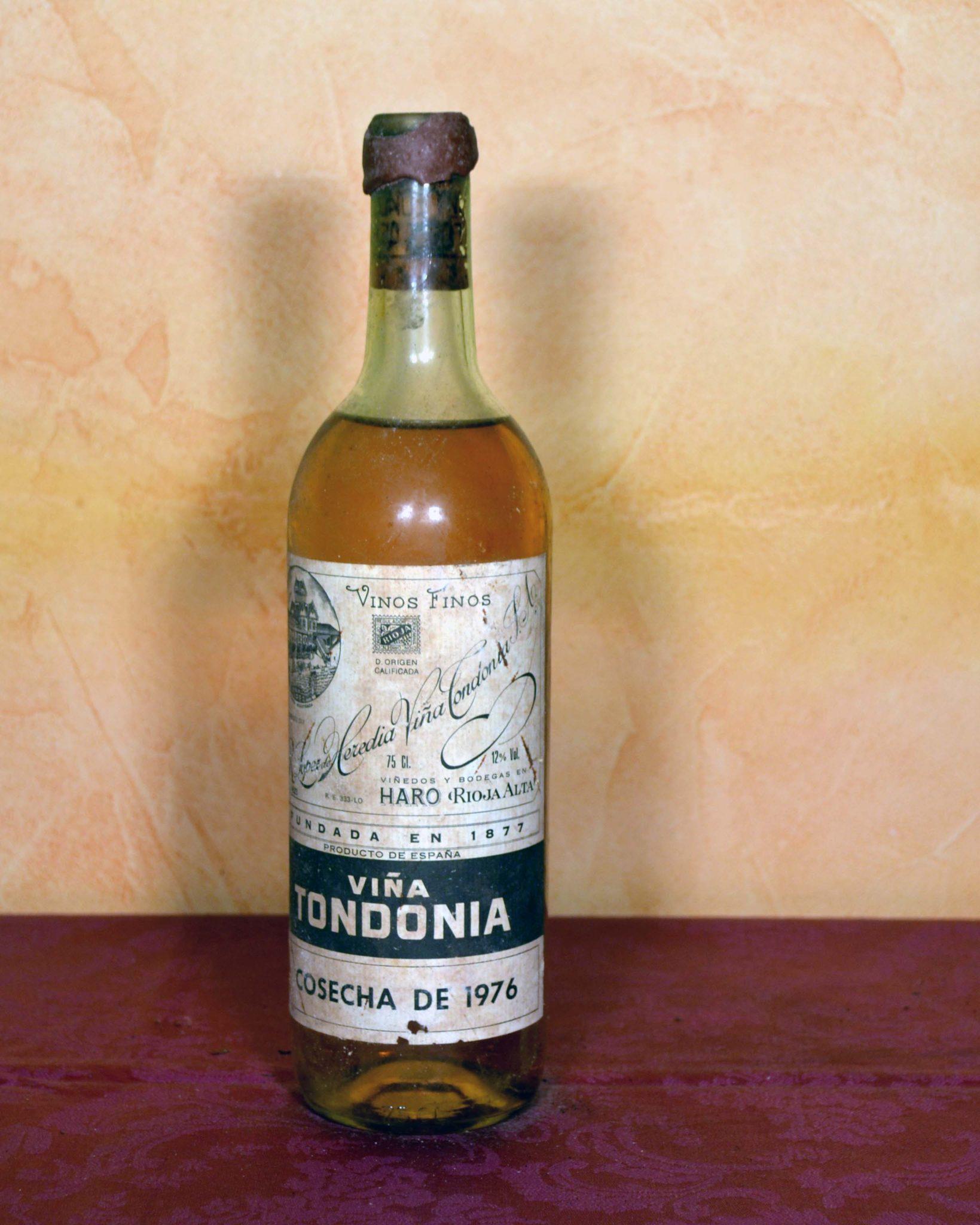 viña tondonia blanco gran reserva 1978 es un vino elaborado por lopez heredia siendo un regalo ideal de cumpleaños o aniversario